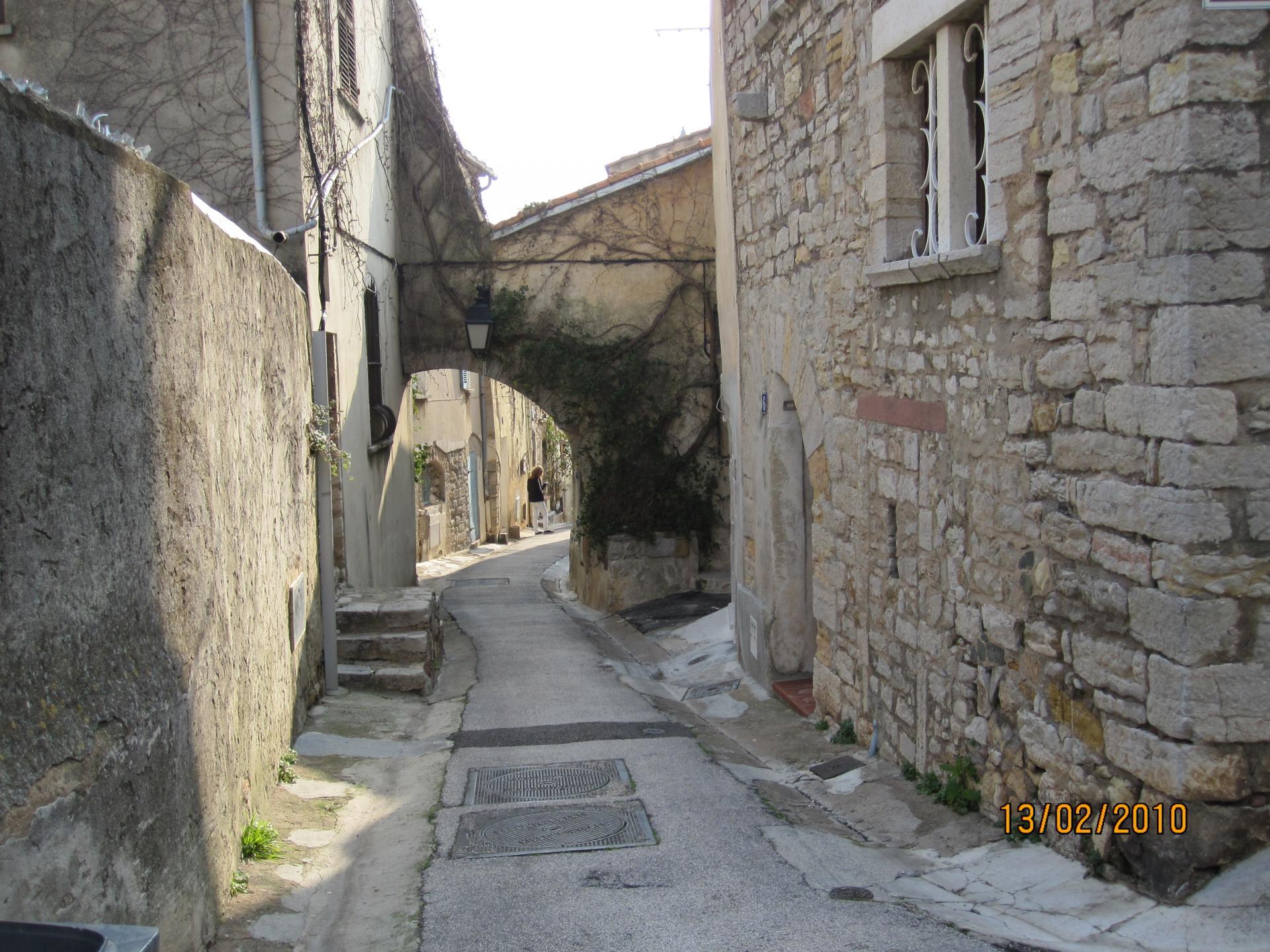 Une  ruelle de HYERES