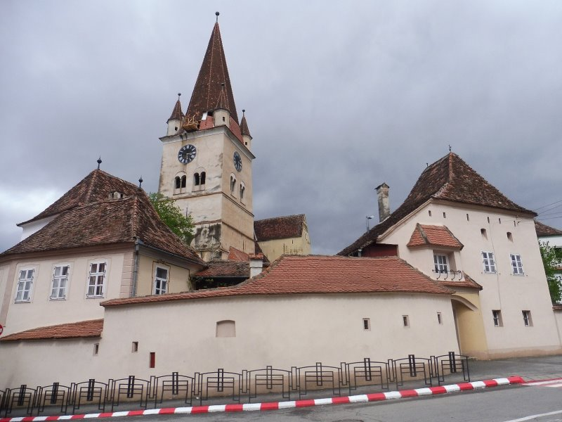 CISNADIE église fortifiée